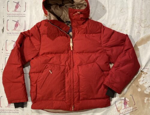Ceccarelli  down hooded jacket red