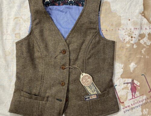 Scartilab ladies wool flower vest
