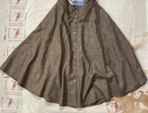 Scartilab W700SE941 wool skirt light brown