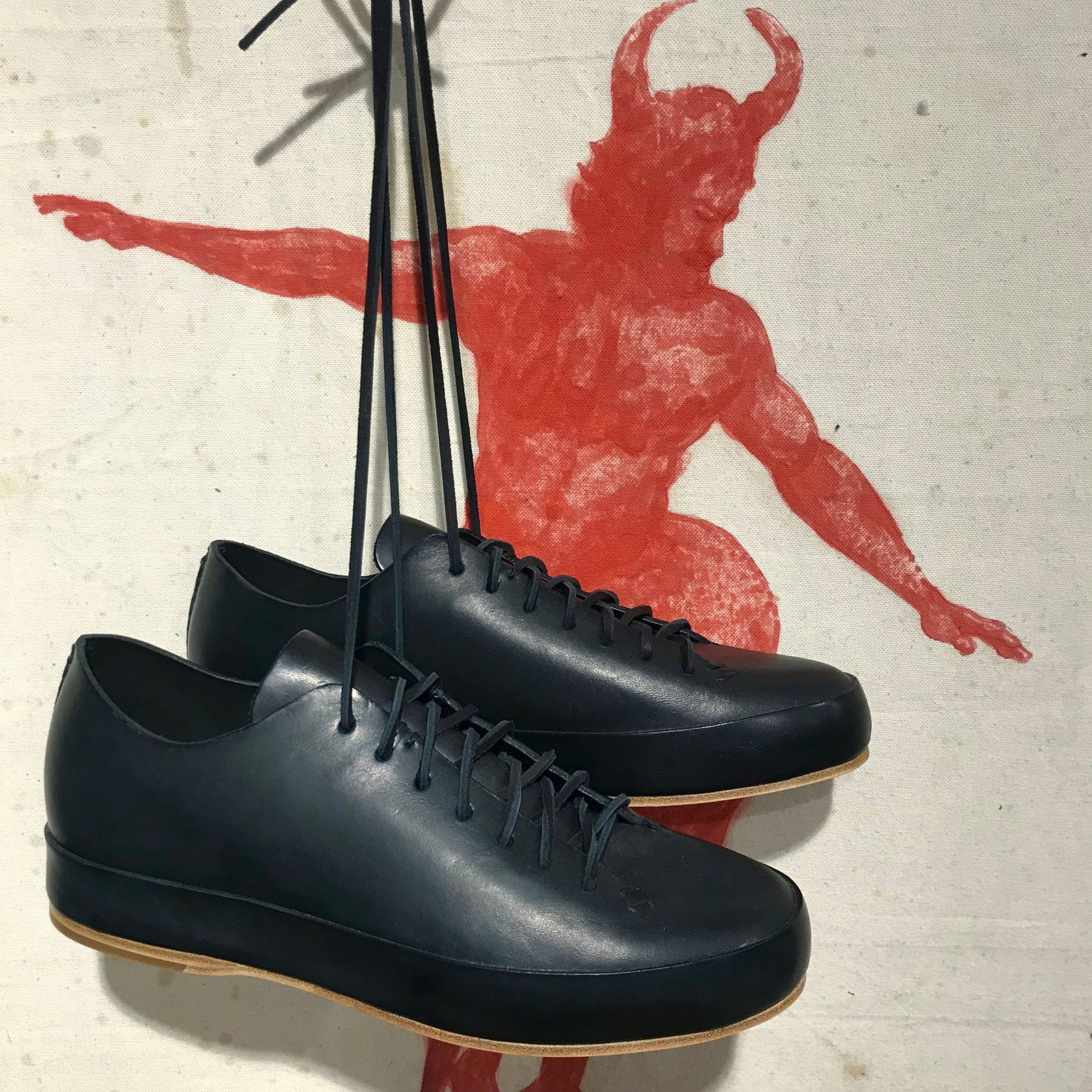 Feit handsewn low black