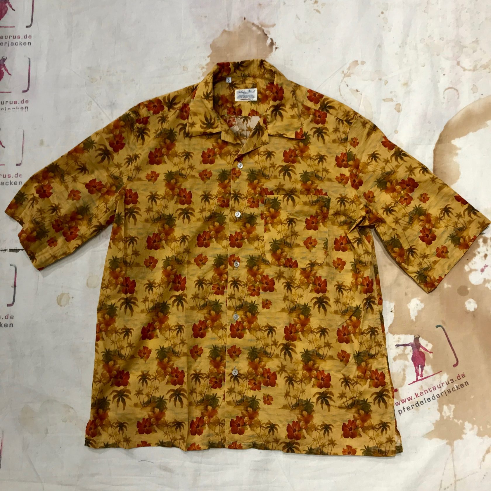 S. Piccolo Hawaii Flower Shirt