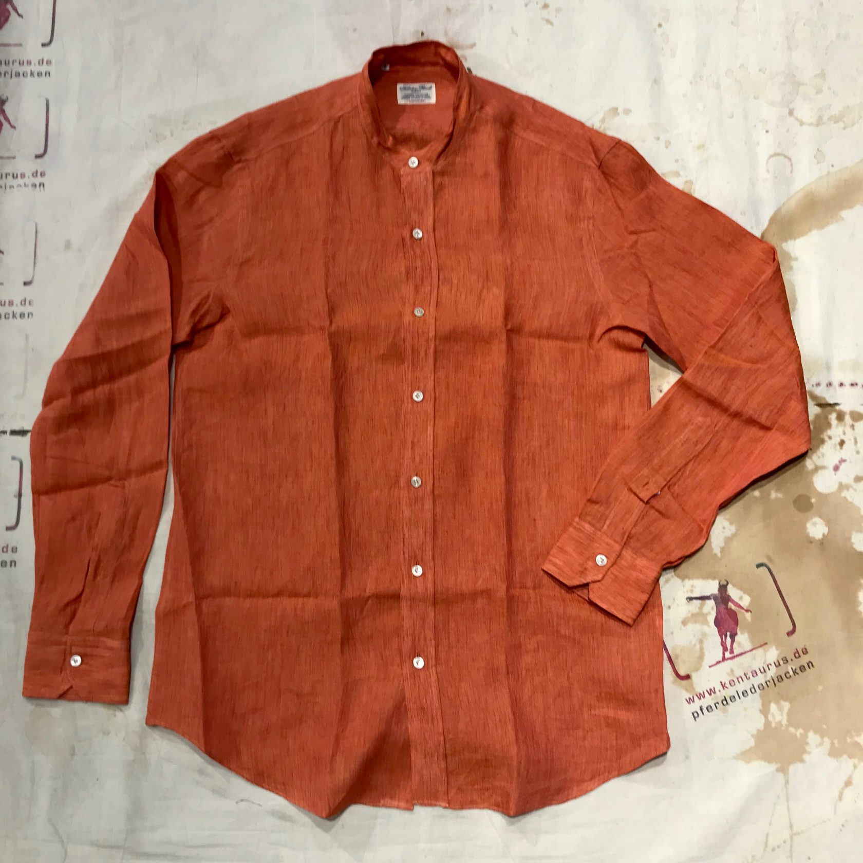 S. Piccolo red stand collar shirt linen