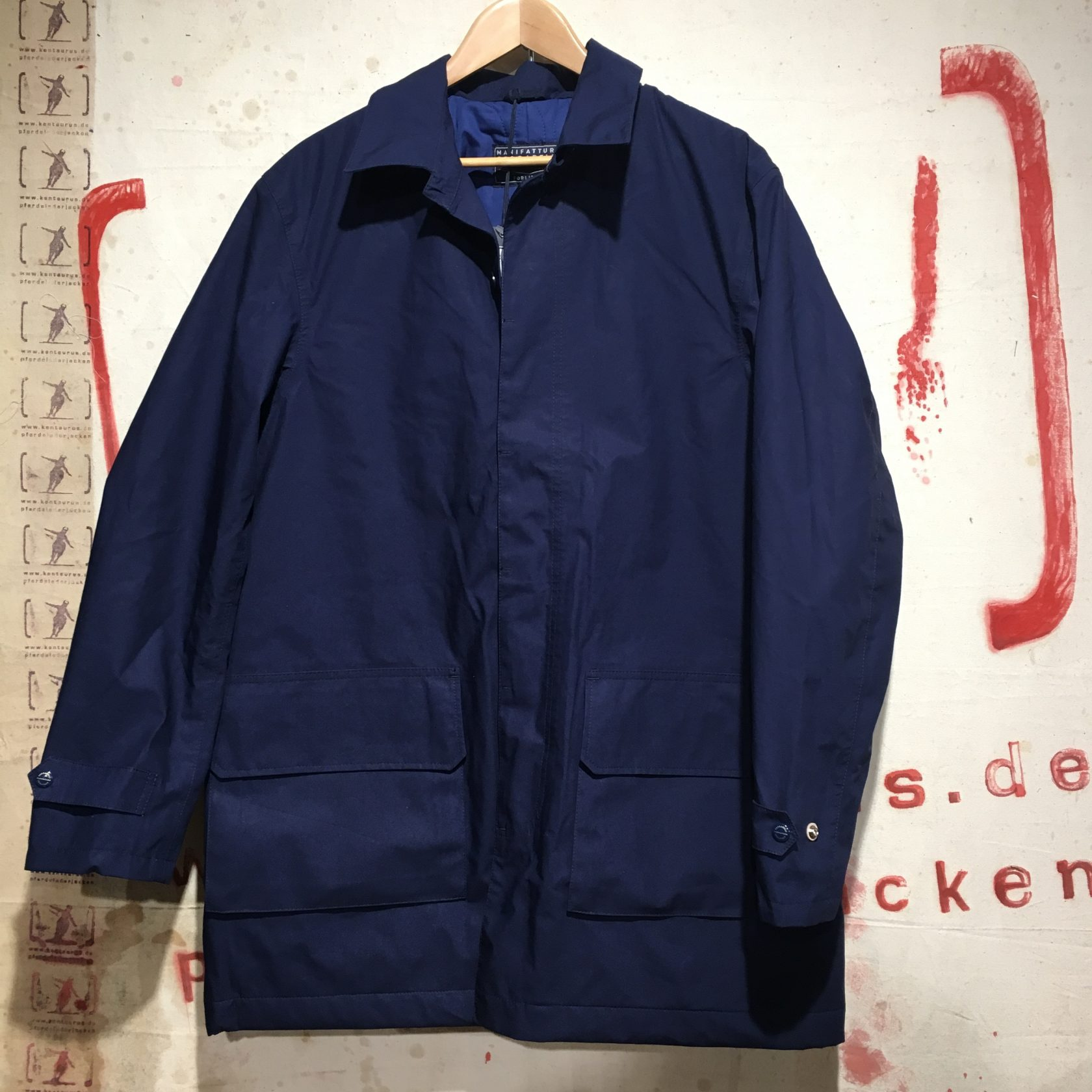 Ceccarelli eVent short coat blue