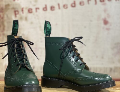 Solovair  green hi-shine 6eye derby brogue boot