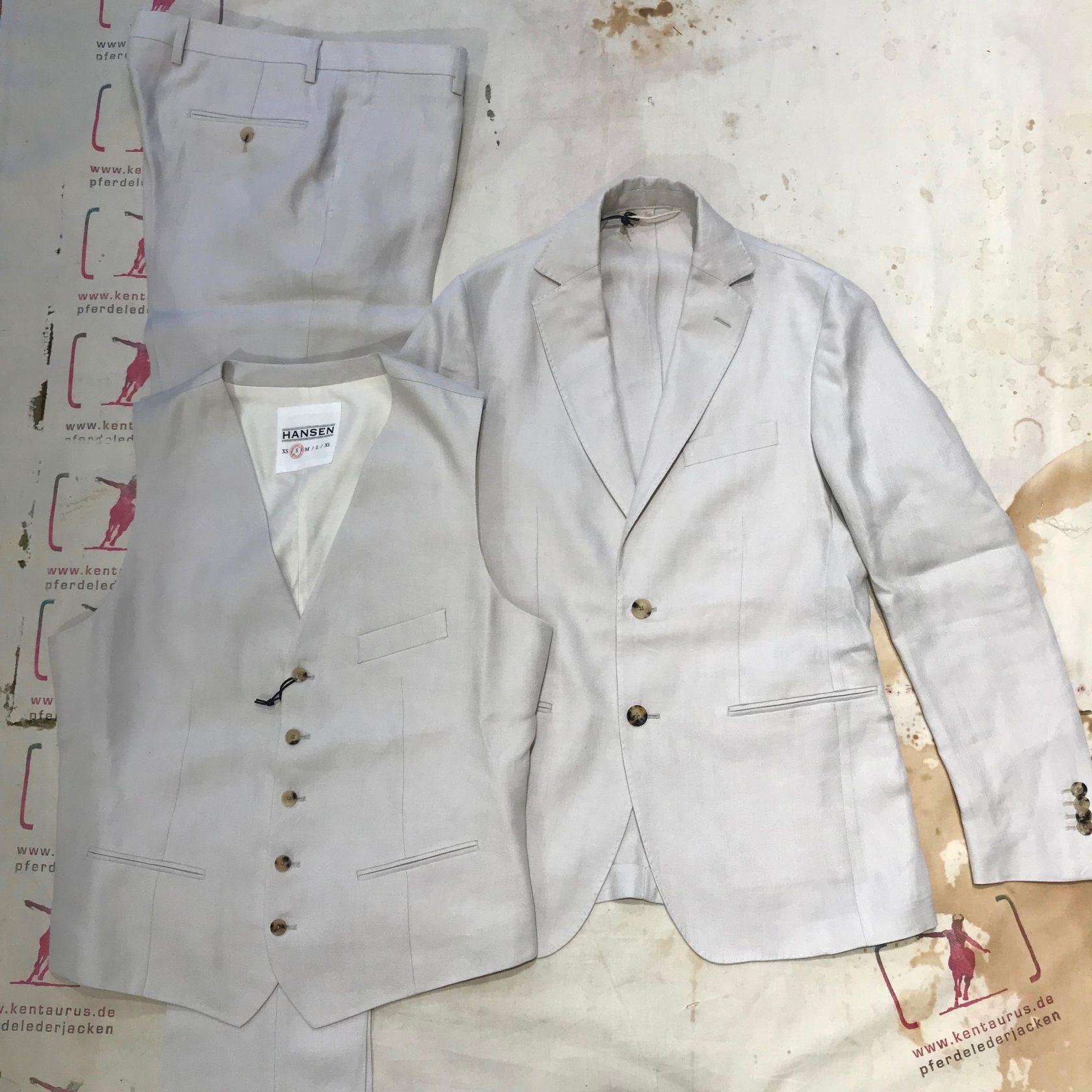 Hansen 3 piece formal suit ecru/white
