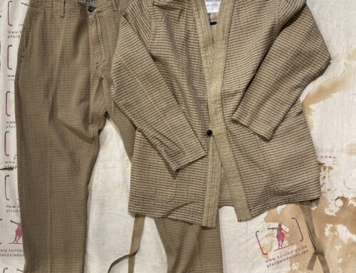 Hansen folke scarecrow´s jacket and trygve wide cut cropped trousers beige