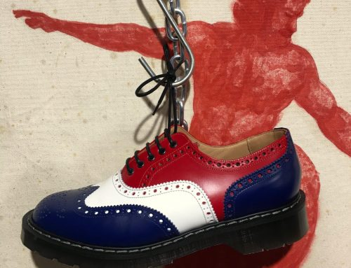 Solovair navy-red-white brogue