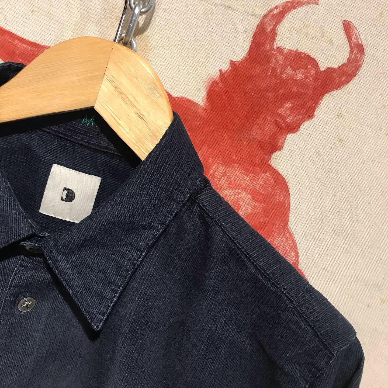 Delikatessen: corduroy shirt navy