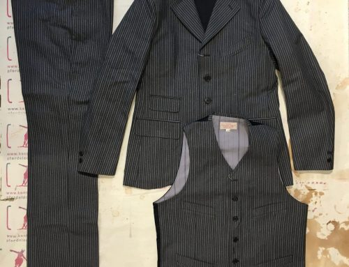 Adjustable costume 3 piece suit