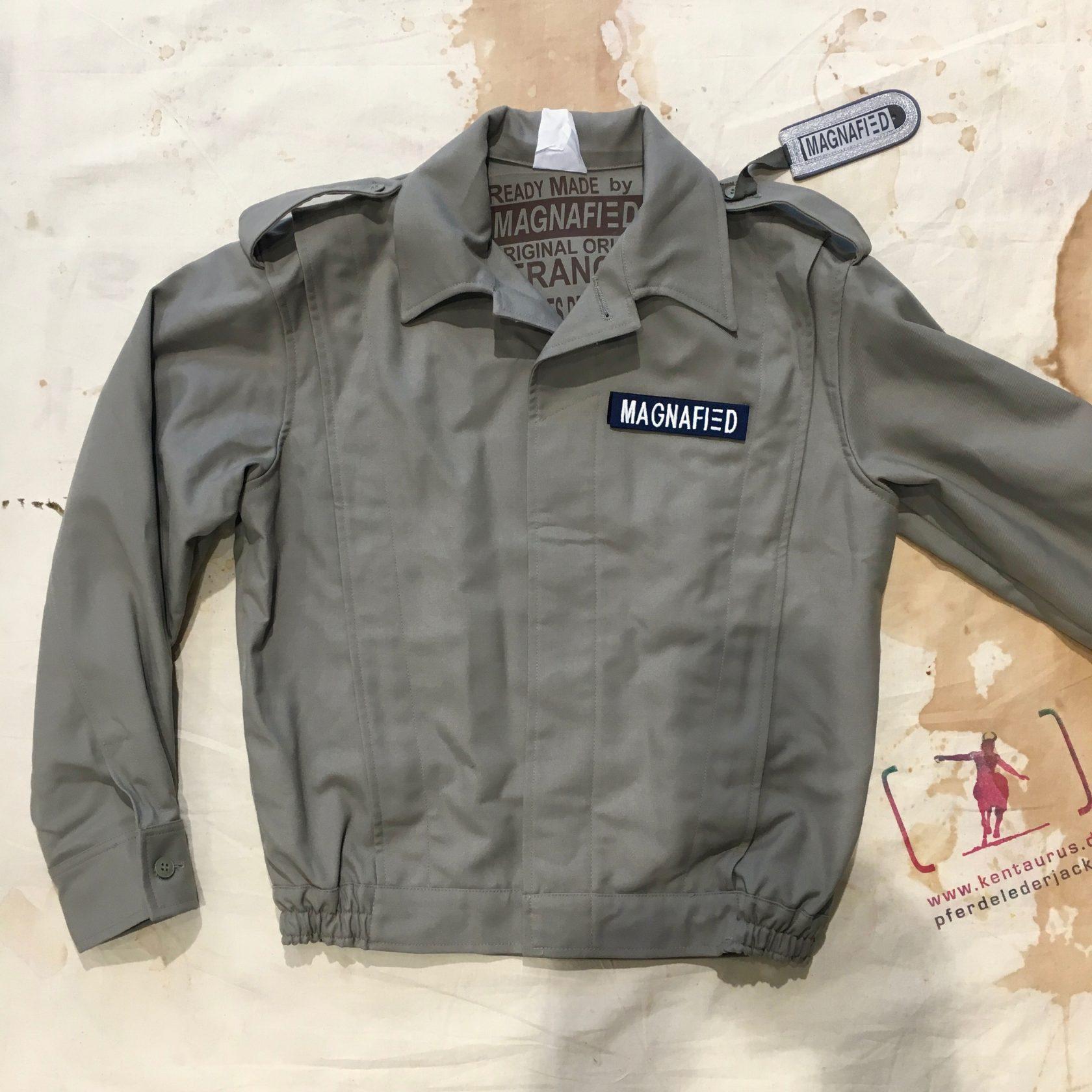 Magnafied vintage de Gaulle jacket