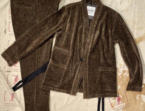 Hansen chenille suit brown