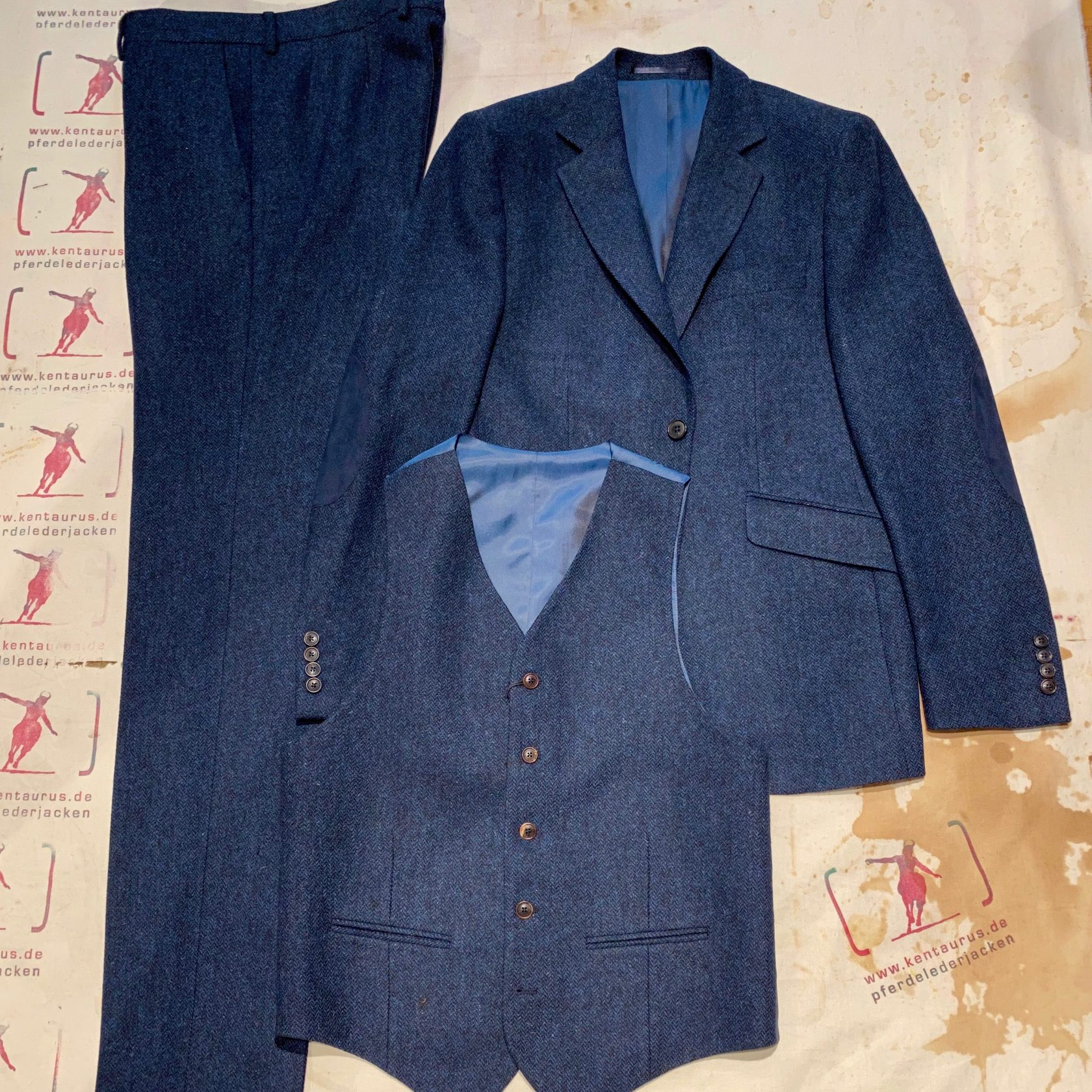 Walker& Slater 3 piece suit Martin