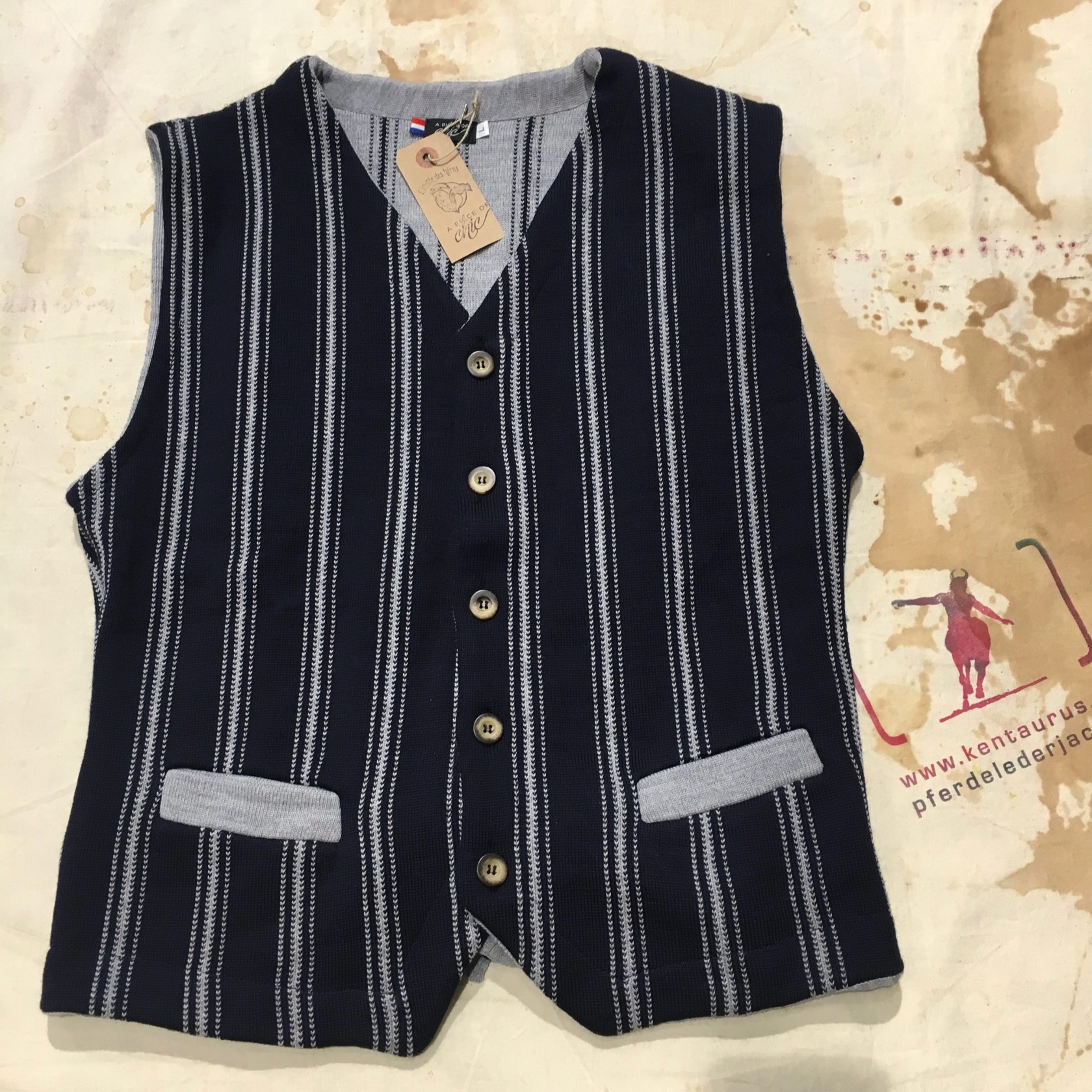 A Piece of Chic wool vest blue/grey