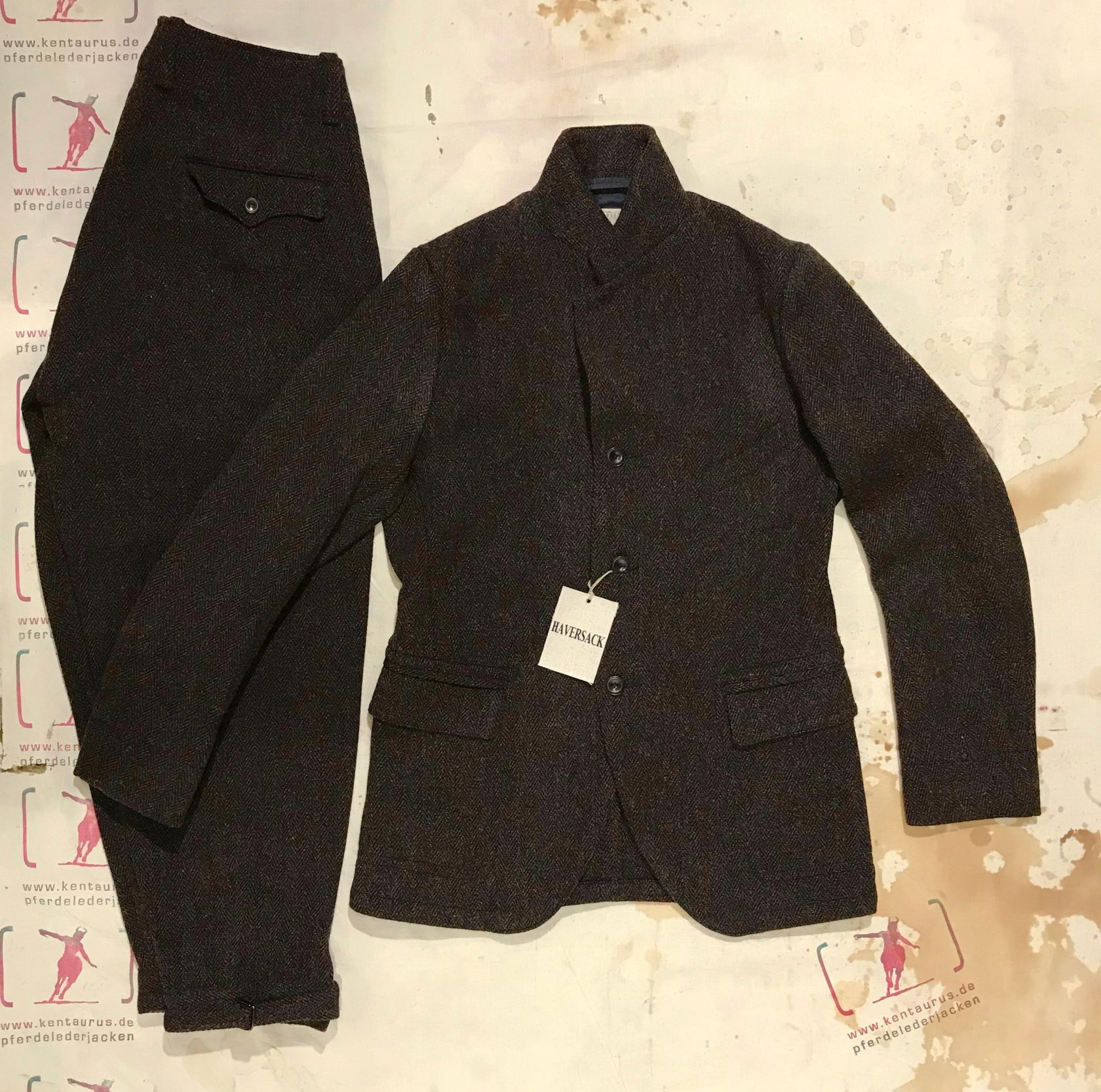 Haversack brown tweed suit