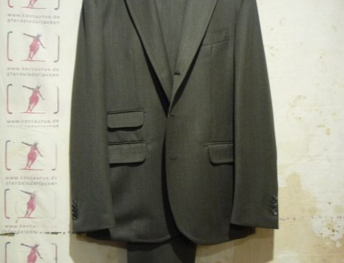 Salvatore Piccolo olive wool suit