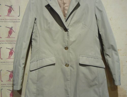 Aquarama Rain Coat