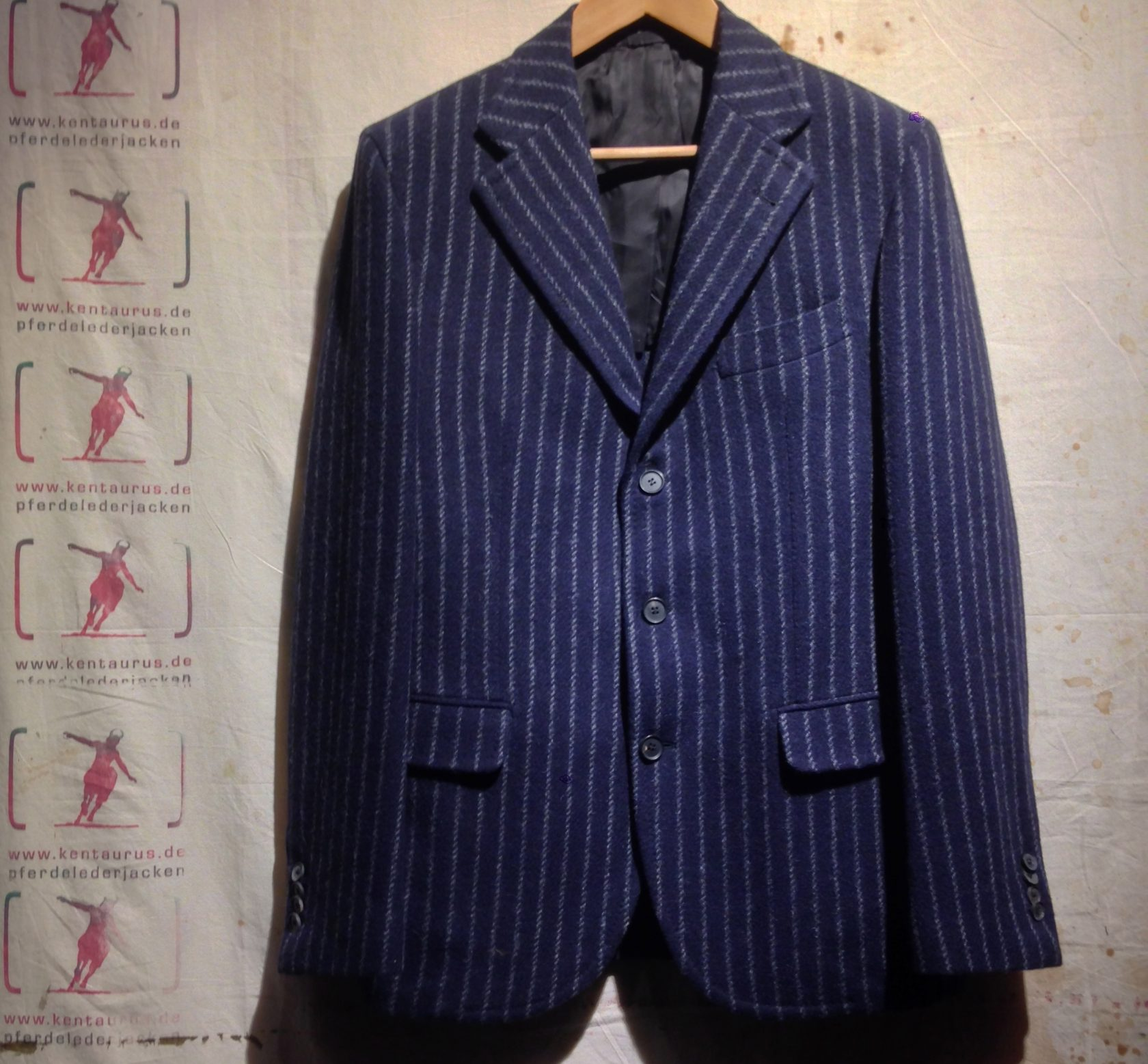S. Piccolo wool suit